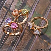 Прекрасное кольцо с двумя сердечками