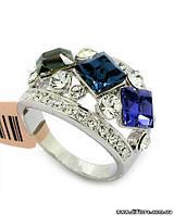 Прекрасное кольцо с квадратными цветными фианитами