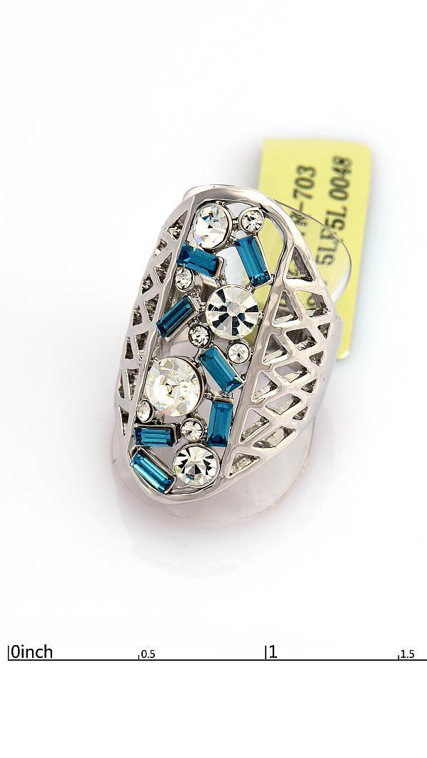 Роскошное кольцо с голубыми фианитами