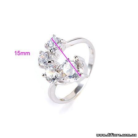 Эффектное кольцо с фианитами разного размера