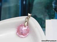 Нежный кулон с розовым фианитом