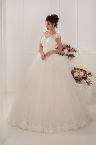 Пышное свадебное платье на шнуровке