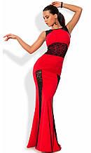 Червоне плаття в підлогу зі вставками з гіпюру