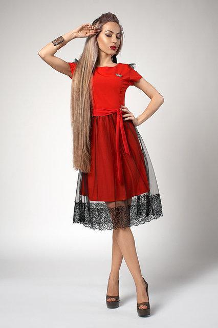 Женское платье клеш с фатиновой юбкой декорировано кружевом,42,44,46,48