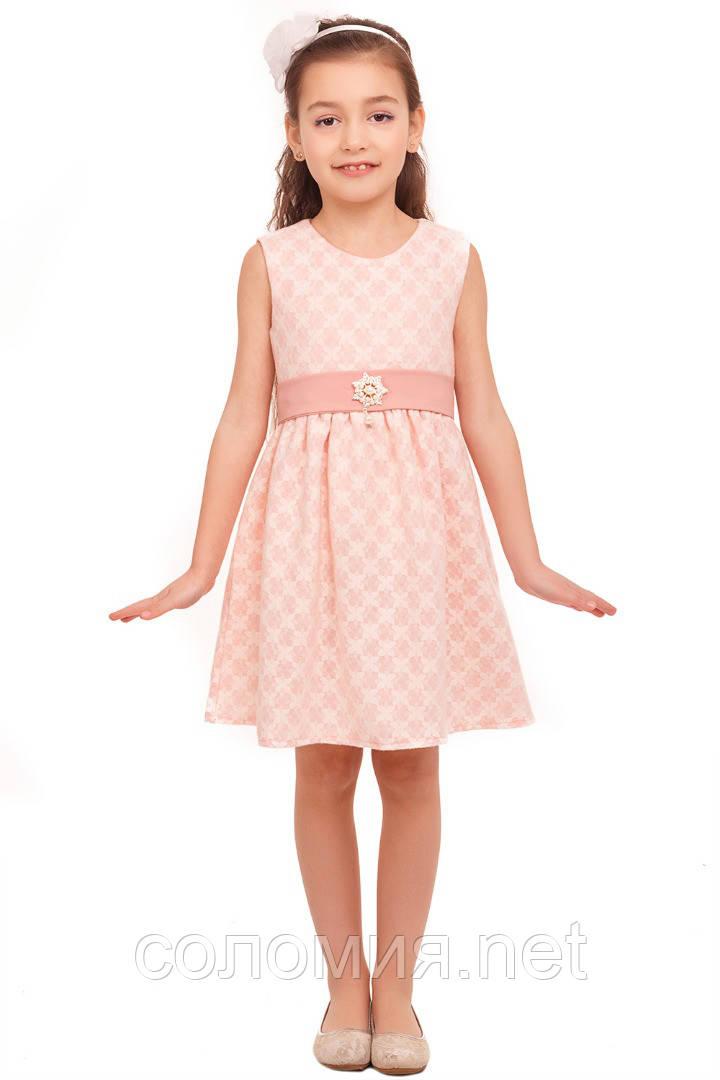 Платье из теплой ткани нежно-розового цвета с имитацией гипюра 116-134р