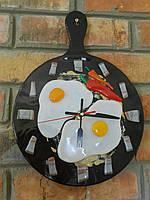 Часы   кухонные   Яичница
