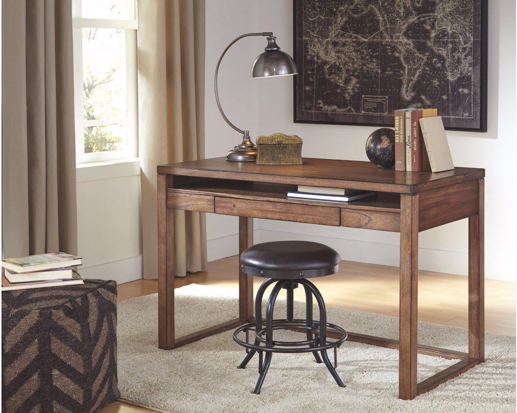 """Письменный стол """"Браун"""" из массива натурального дерева"""