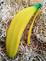 Банан-пенал