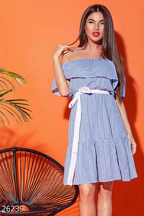 Летнее платье свободного кроя с поясом воланами короткое бело синее, фото 2