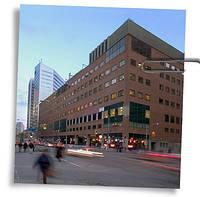"Дата-Центр ""151 Front St W, Toronto"""