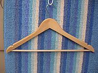 Тремпель для одежды дерево(а)