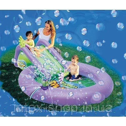 Бассейн с горкой и мыльными пузырями Bestway 52148 (244-165-61см)