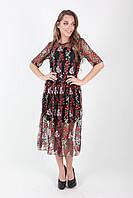 Красивое платье модного фасона