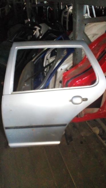 Б/у дверь задняя левая для Volkswagen Golf IV
