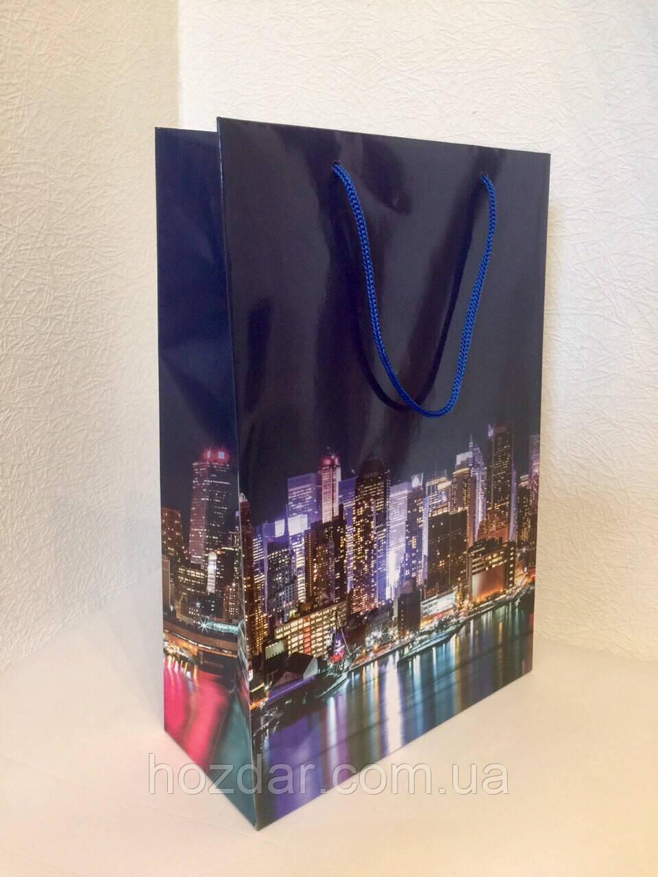Пакет подарочный бумажный формат А 4 21х31х9 (30-003)