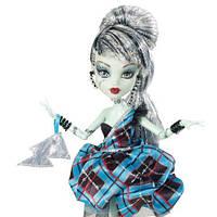 Кукла Monster High Фрэнки Штейн (Frankie Stein) из серии Сладкие 1600