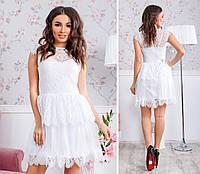 Белое праздничное платье с кружевом