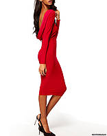 Элегантное красное платье с открытой спиной
