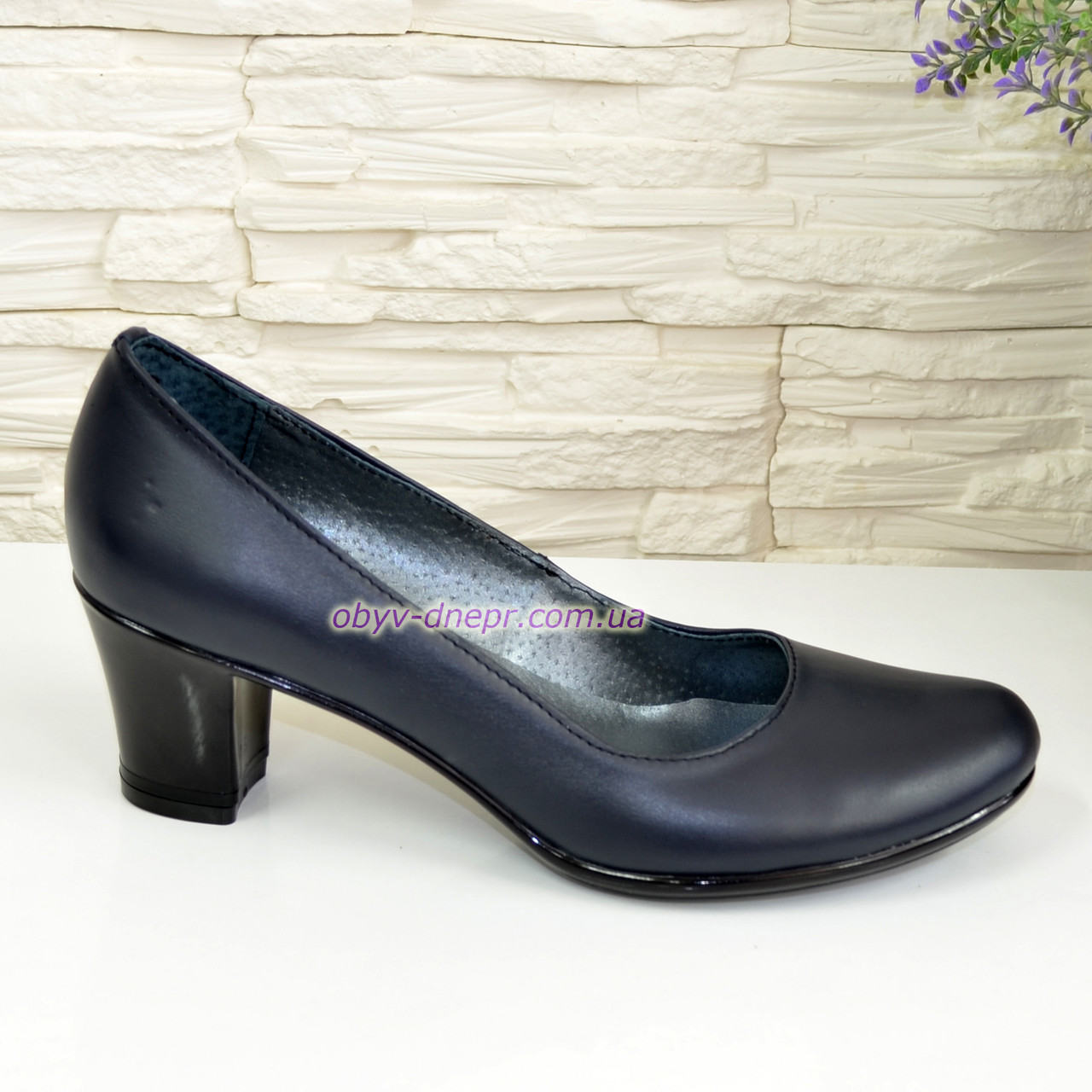 """Туфли женские на каблуке из натуральной кожи синего цвета. ТМ """"Maestro"""""""