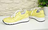 Туфли женские кожаные на утолщенной белой подошве, цвет желтый., фото 7