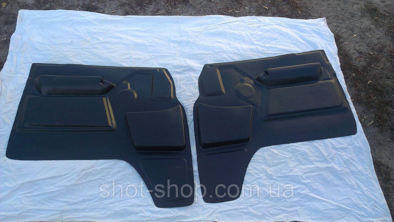 Обивка двери пластик (к-кт 2шт) УАЗ 452