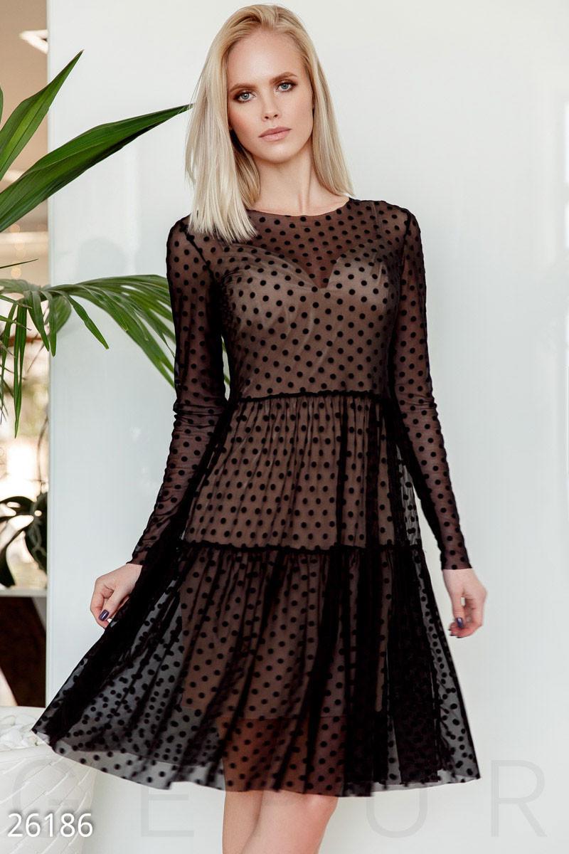 Вечернее платье с сеткой в горох миди с длинным рукавом черное с бежевым