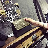 Женская сумочка маленькая черная с золотистыми блестками и ремешком-цепочкой , фото 1