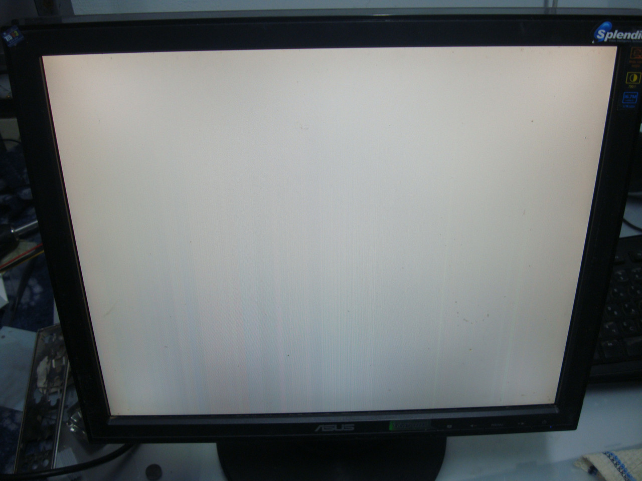 Монитор Asus VB171D дефект изображения