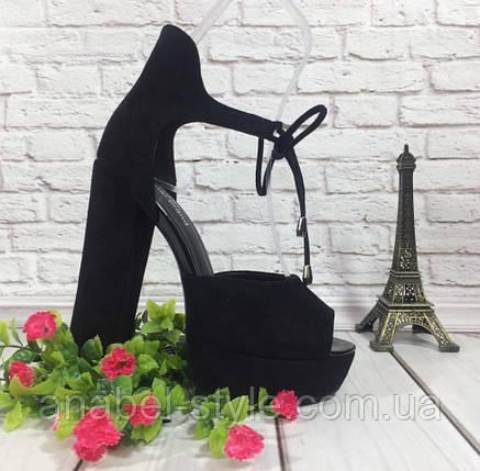 Босоножки замшевые черного цвета на устойчивом каблуке носок открыт пятка закрыта шнурочек Код 1585, фото 2