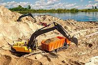 Доставка речного песка нашими самосвалами 25- 30 тонн. Киев и область