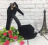 Босоножки замшевые черного цвета на толстом каблучке + лаковый ремешок носок открыт пятка закрыта Код 1591
