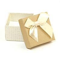 Подарочная коробочка под кольцо молочная 5 х 5 х 3 см