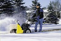 Убрать снег в частном доме