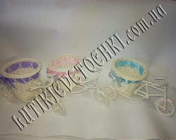 Велосипед декоративний плетений.