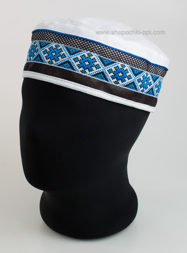Тюбетейка для мужчин с синей вышивкой