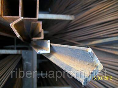 Уголок стальной 40х40х4мм