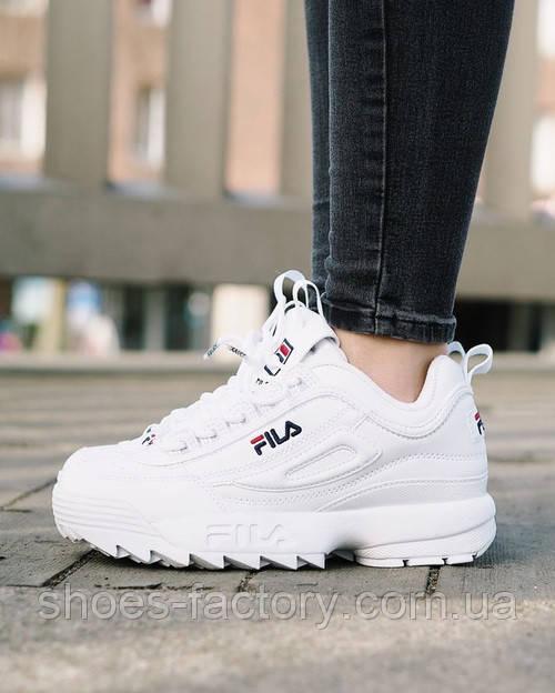 Белые кроссовки Fila