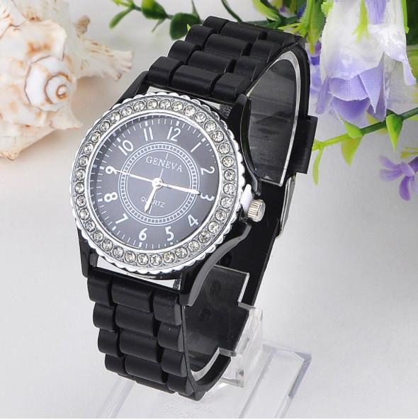 Женские часы силиконовые Geneva Crystal Black черные со стразами