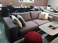 Трехместный раскладной диван MANHATTAN в коричневой ткани, матрас шириной 160 см, фабрика ALBERTA