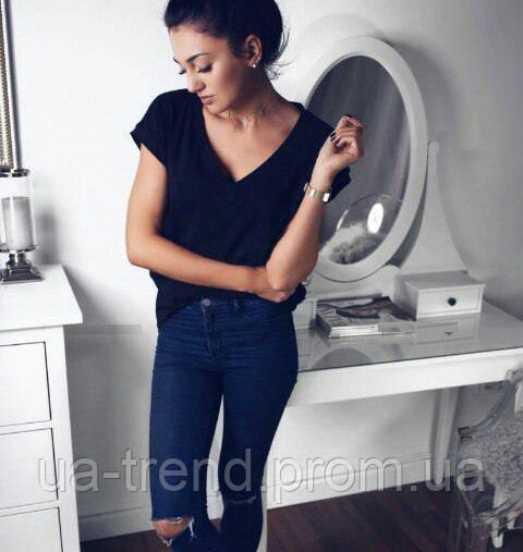 Женская черная футболка свободного кроя