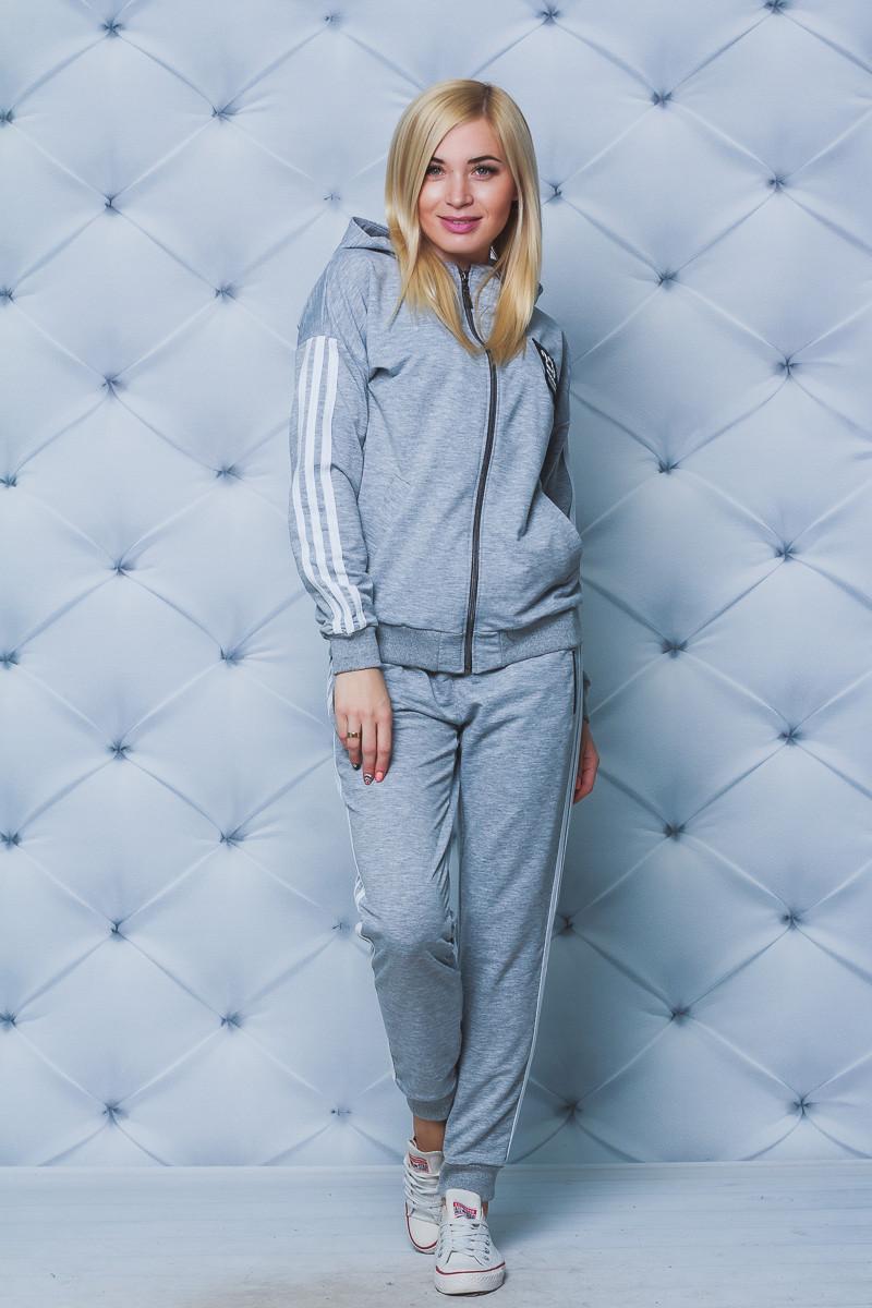 Женский спортивный костюм с лампасами св-серый