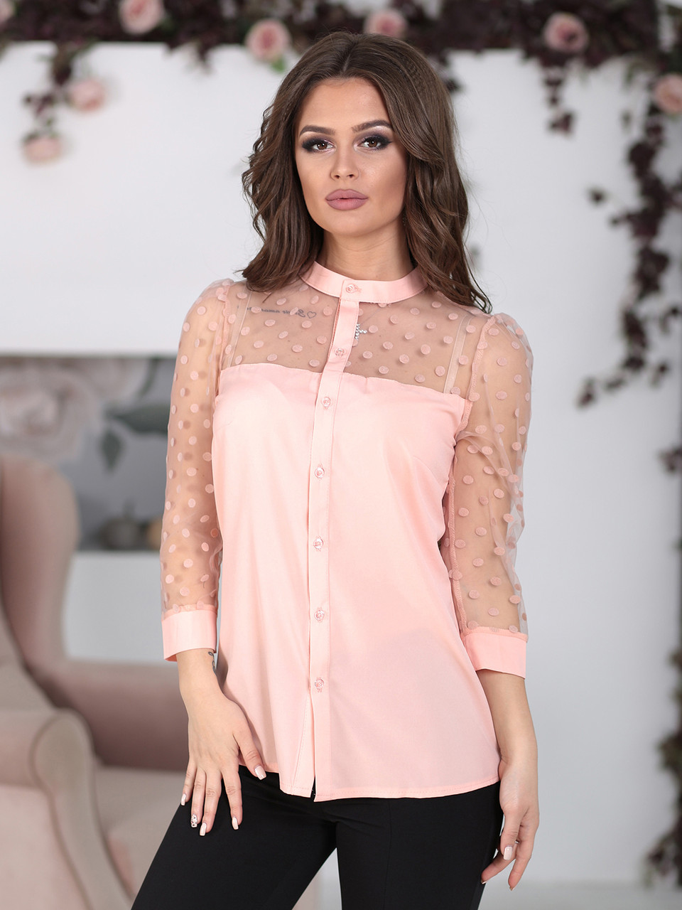 Блуза с прозрачной кокеткой в цвете пудра
