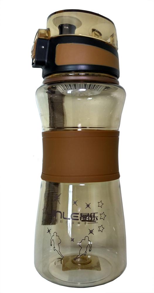 Спортивная бутылка поилка с силиконовой вставкой и ремешком R83331 Brown