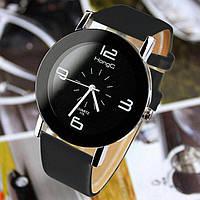 Часы женские наручные кварцевые с чёрным кожаным ремешком.