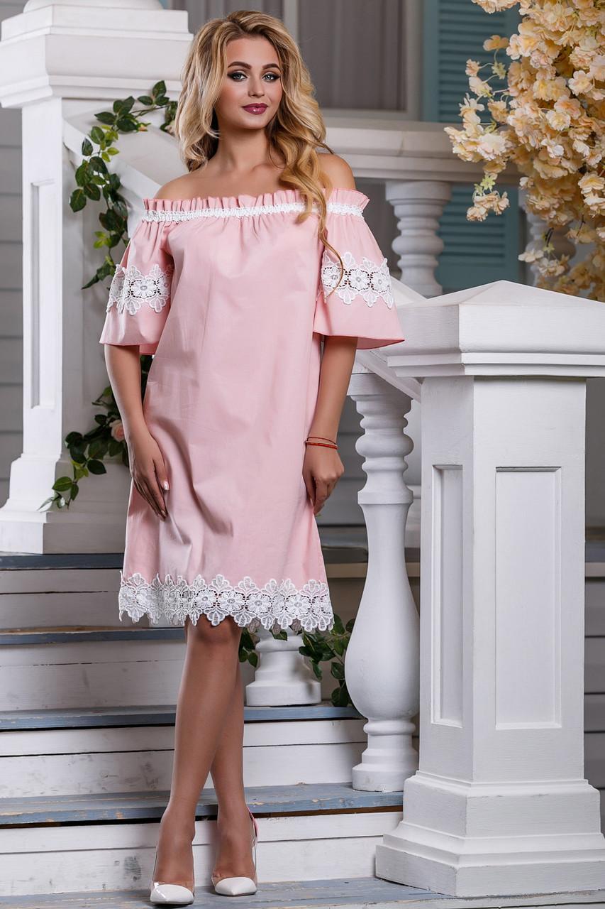 Нарядное платье до колен свободное кружевное коттон стрейч короткий широкий рукав персиковое