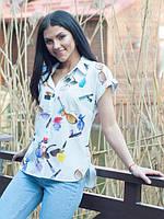 Модная белая рубашка с короткими рукавами и ярким принтом. Размеры: 44-52