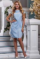 Летнее платье миди с кружевной вставкой прямого кроя с коротким рукавом голубое