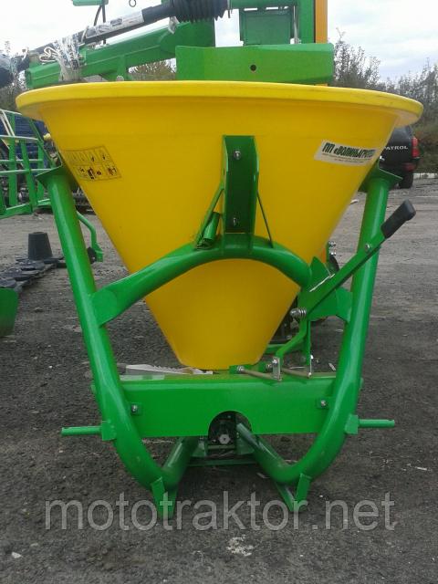 Розкидач мінеральних добрив РД-300 (Україна)+КАРДАН