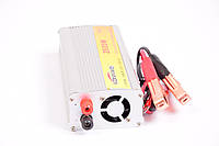 Инвертор, преобразователь с 12 на 220 вольт Konnwei 2500W