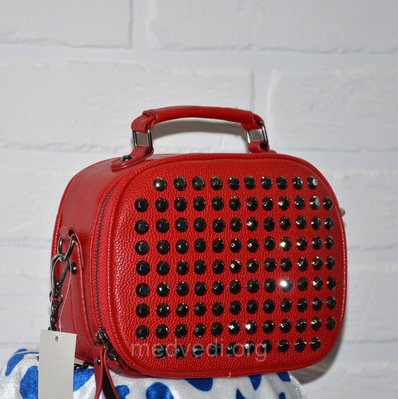 Красная сумочка мессенджер, с камнями, стильная сумка 2019 на цепочке